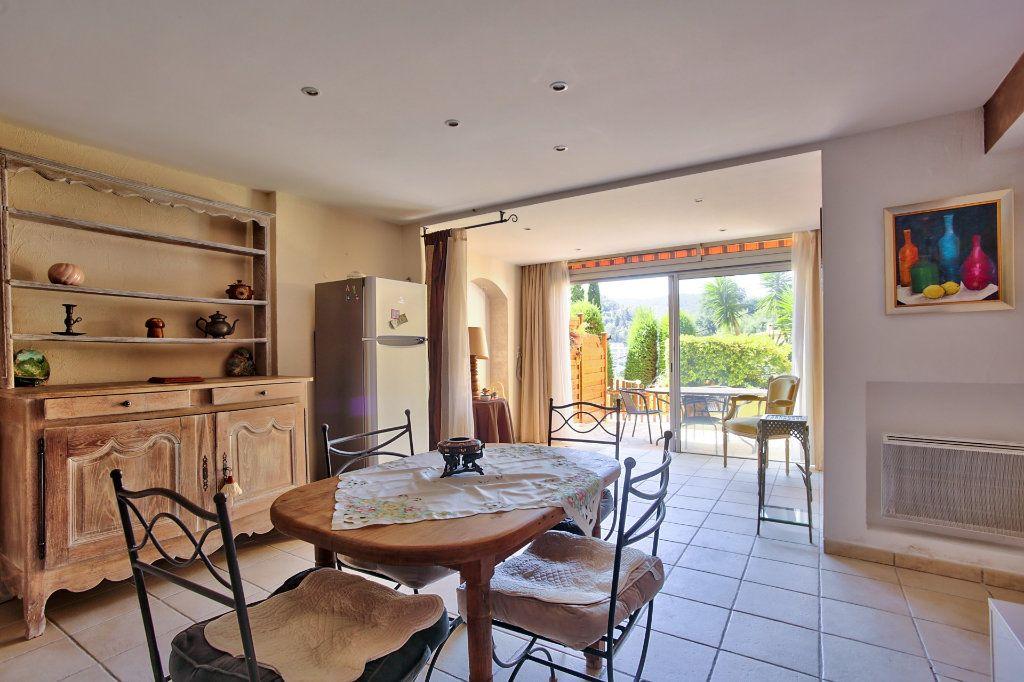Appartement à vendre 2 52.38m2 à Théoule-sur-Mer vignette-3