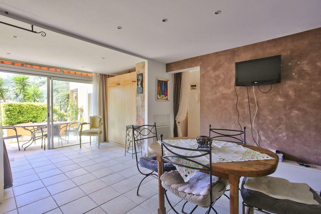 Appartement à vendre 2 52.38m2 à Théoule-sur-Mer vignette-4