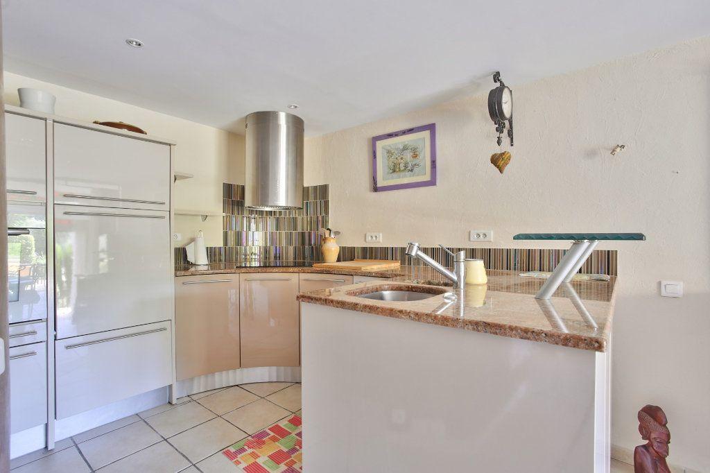 Appartement à vendre 2 52.38m2 à Théoule-sur-Mer vignette-6