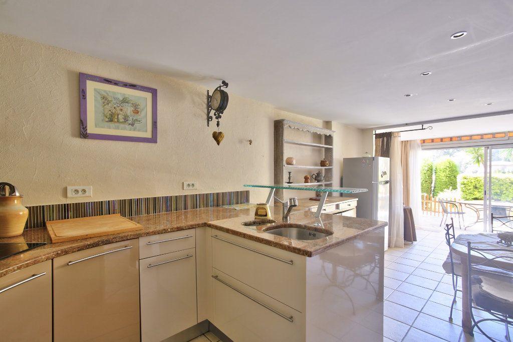 Appartement à vendre 2 52.38m2 à Théoule-sur-Mer vignette-7
