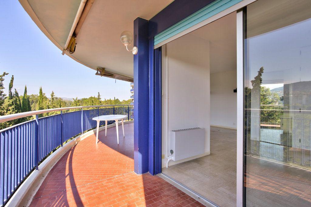 Appartement à vendre 3 60.11m2 à Mandelieu-la-Napoule vignette-6
