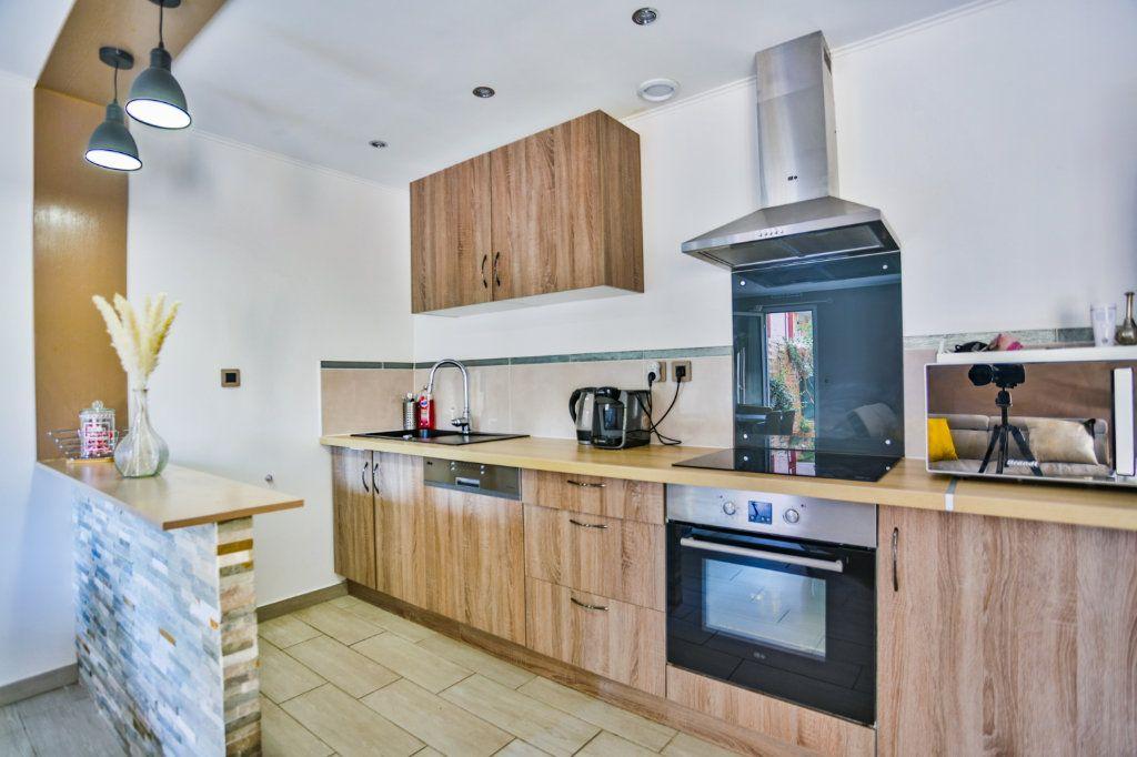 Appartement à vendre 3 65.11m2 à Mandelieu-la-Napoule vignette-4