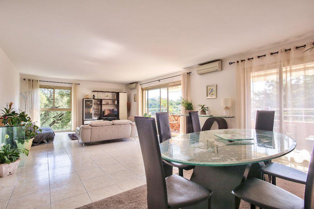 Appartement à vendre 4 103.16m2 à Mandelieu-la-Napoule vignette-1
