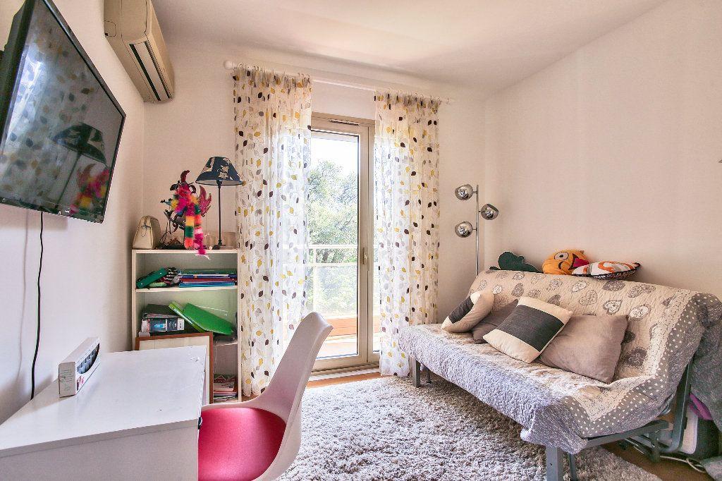 Appartement à vendre 4 103.16m2 à Mandelieu-la-Napoule vignette-12