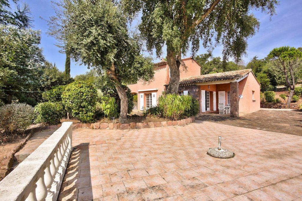 Maison à vendre 6 165.25m2 à Les Adrets-de-l'Estérel vignette-5