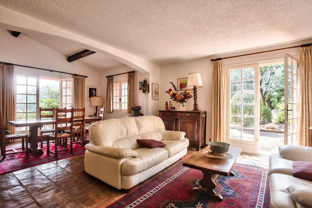 Maison à vendre 6 165.25m2 à Les Adrets-de-l'Estérel vignette-7