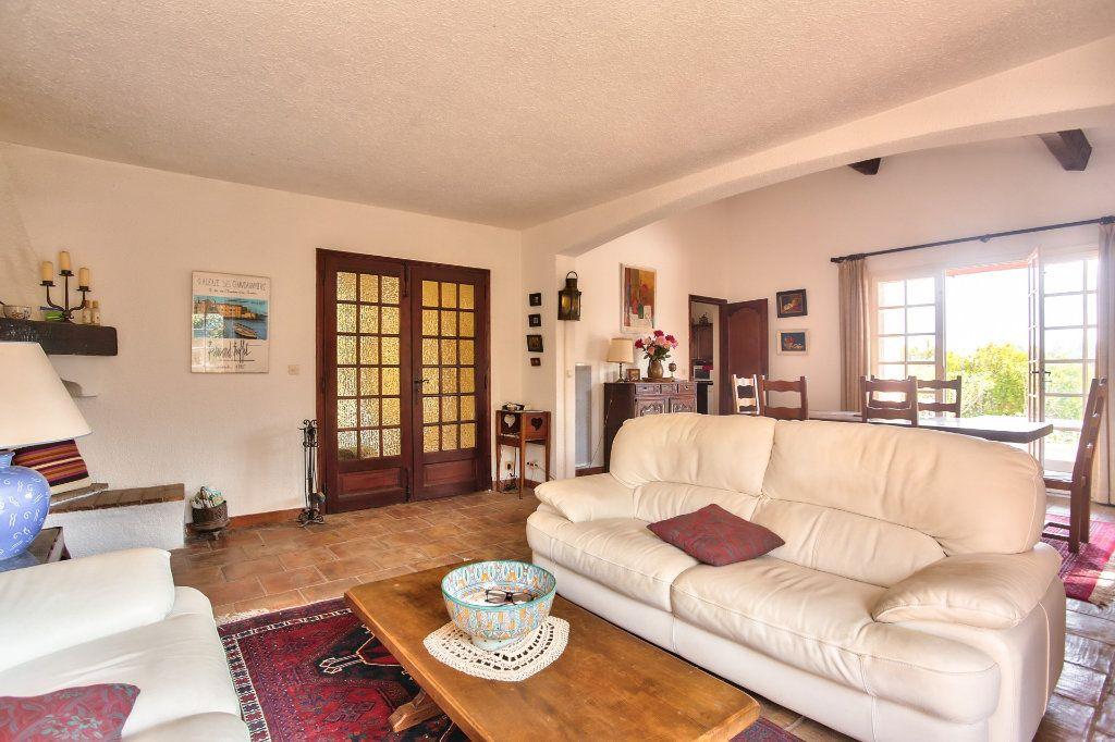Maison à vendre 6 165.25m2 à Les Adrets-de-l'Estérel vignette-9