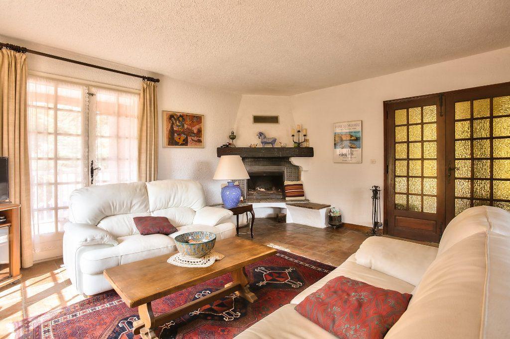 Maison à vendre 6 165.25m2 à Les Adrets-de-l'Estérel vignette-10