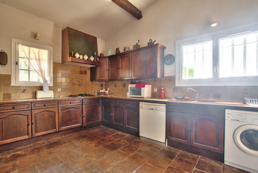 Maison à vendre 6 165.25m2 à Les Adrets-de-l'Estérel vignette-11