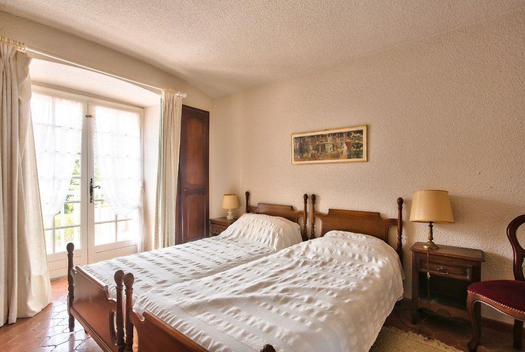 Maison à vendre 6 165.25m2 à Les Adrets-de-l'Estérel vignette-12