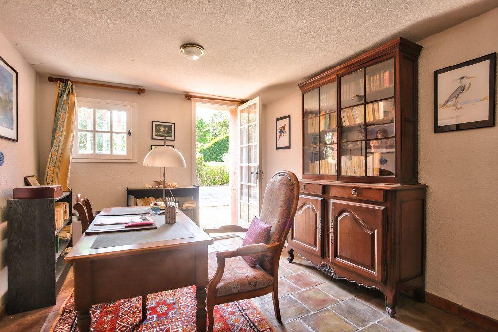 Maison à vendre 6 165.25m2 à Les Adrets-de-l'Estérel vignette-14