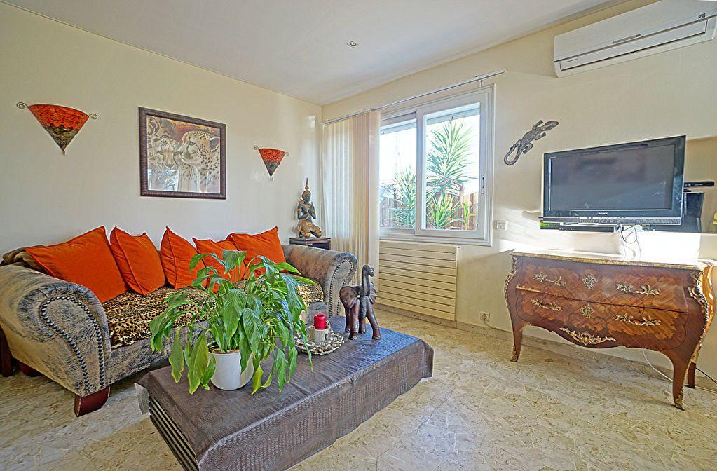 Appartement à vendre 3 72.5m2 à Mandelieu-la-Napoule vignette-7