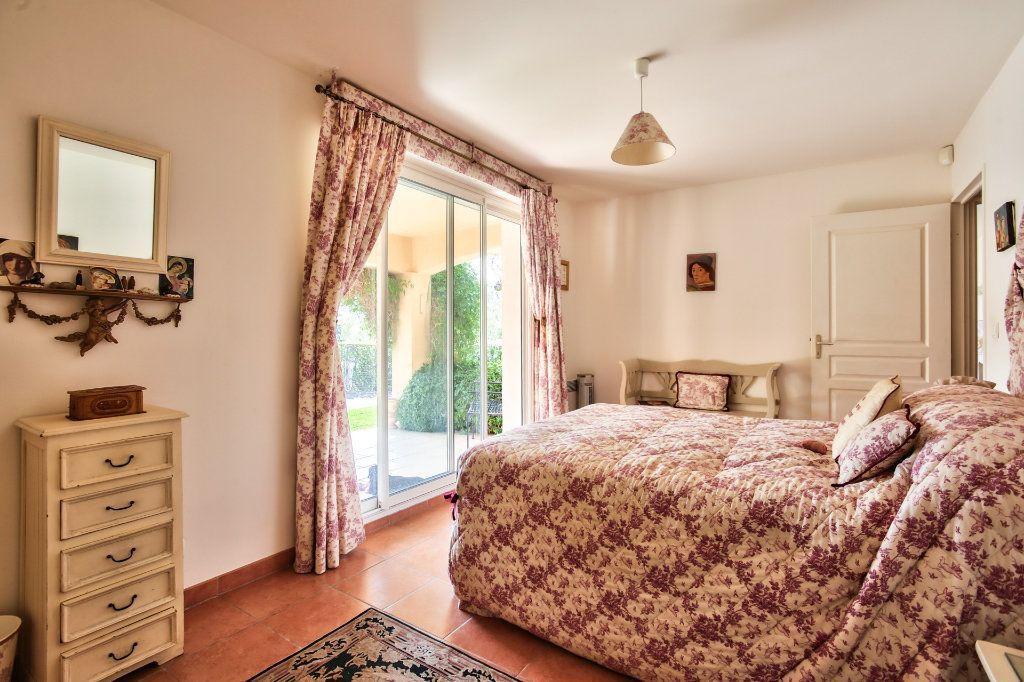Maison à vendre 7 143.26m2 à Auribeau-sur-Siagne vignette-11