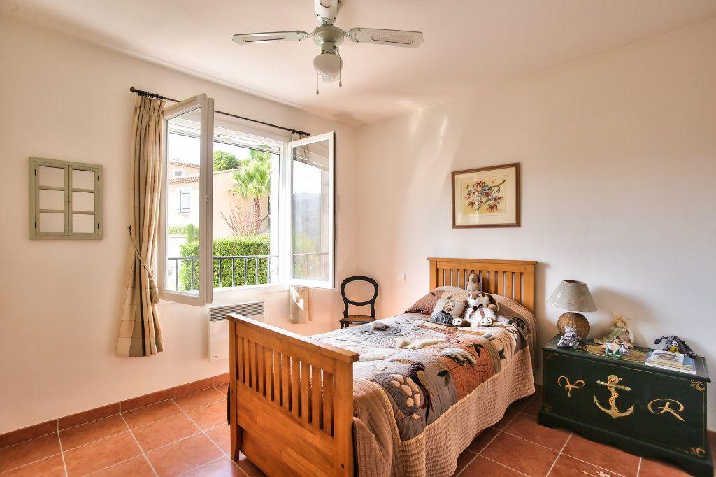 Maison à vendre 7 143.26m2 à Auribeau-sur-Siagne vignette-12