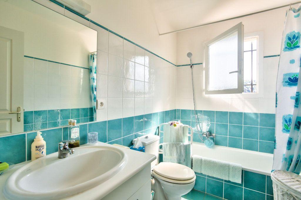 Maison à vendre 7 143.26m2 à Auribeau-sur-Siagne vignette-13