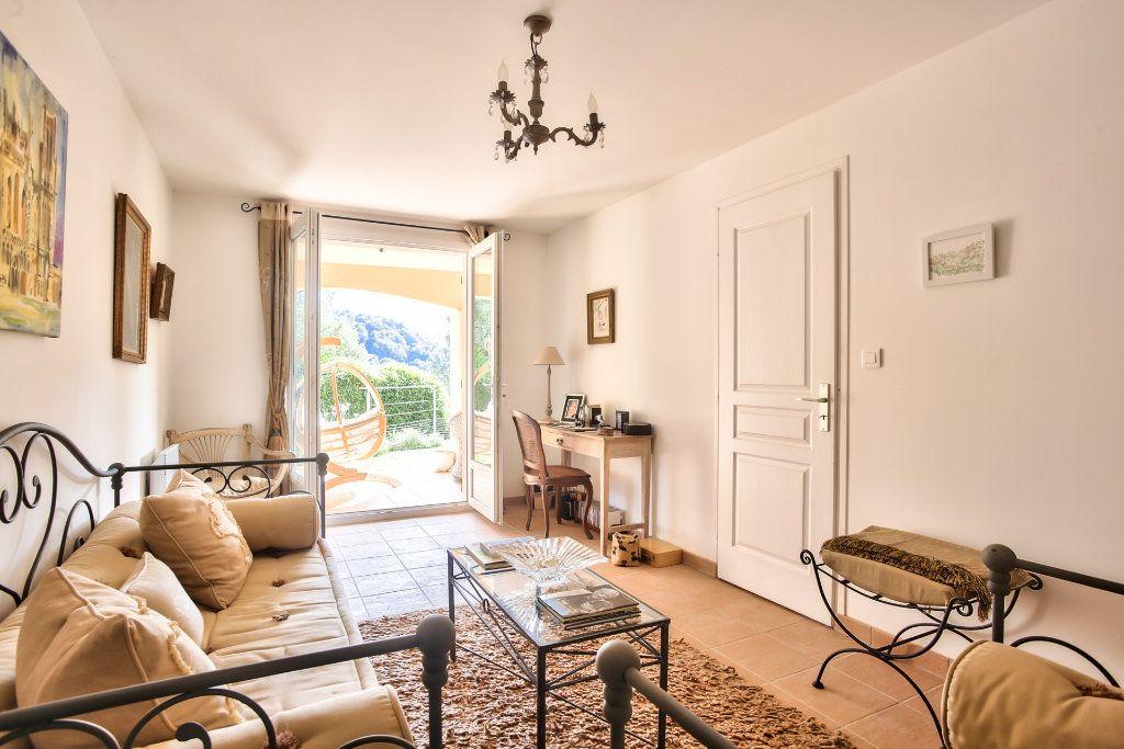 Maison à vendre 7 143.26m2 à Auribeau-sur-Siagne vignette-14