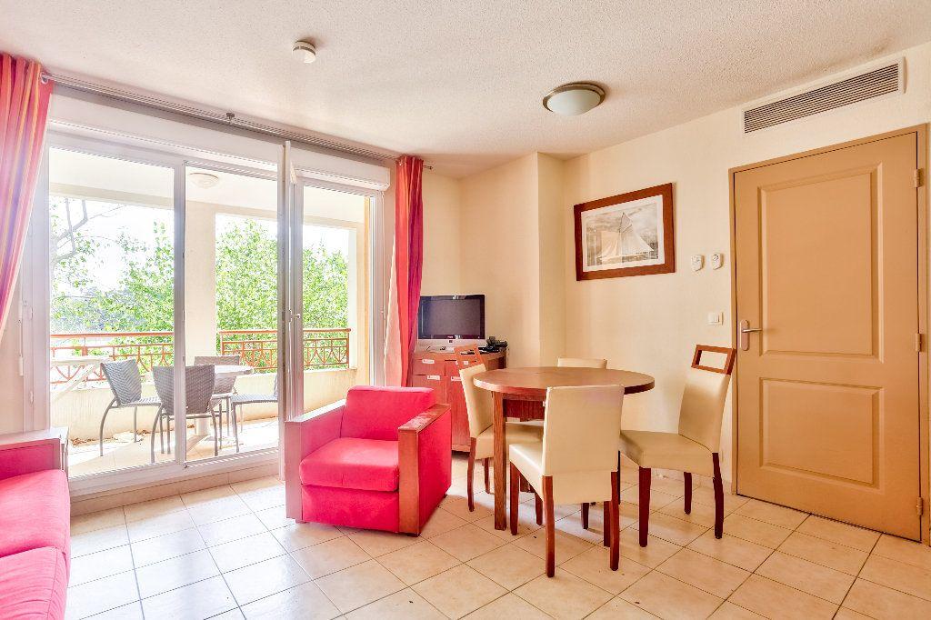 Appartement à vendre 2 36.74m2 à Mandelieu-la-Napoule vignette-3