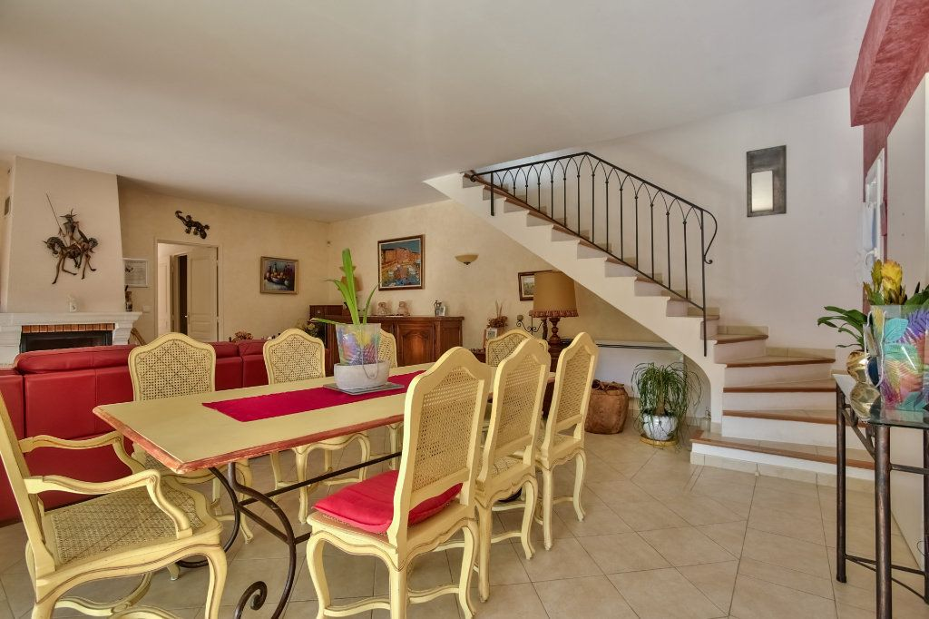Maison à vendre 5 120.5m2 à Auribeau-sur-Siagne vignette-6