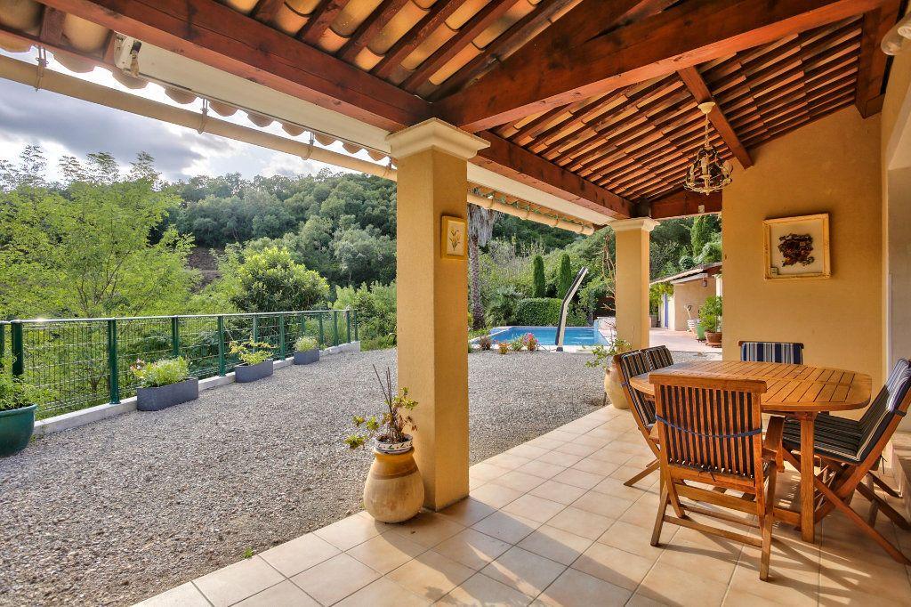 Maison à vendre 5 120.5m2 à Auribeau-sur-Siagne vignette-8