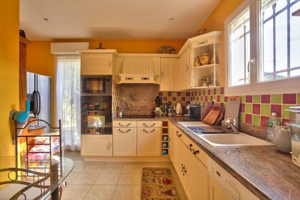 Maison à vendre 5 120.5m2 à Auribeau-sur-Siagne vignette-9