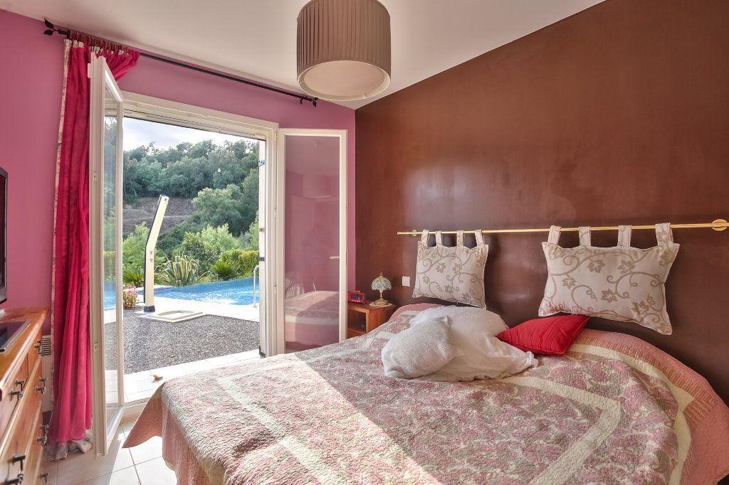Maison à vendre 5 120.5m2 à Auribeau-sur-Siagne vignette-11