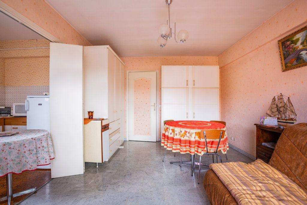 Appartement à vendre 1 29.13m2 à Mandelieu-la-Napoule vignette-2