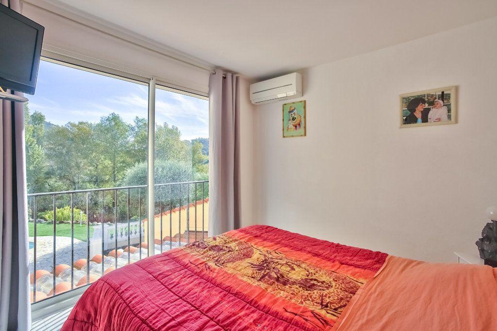 Maison à vendre 5 110.61m2 à Auribeau-sur-Siagne vignette-9