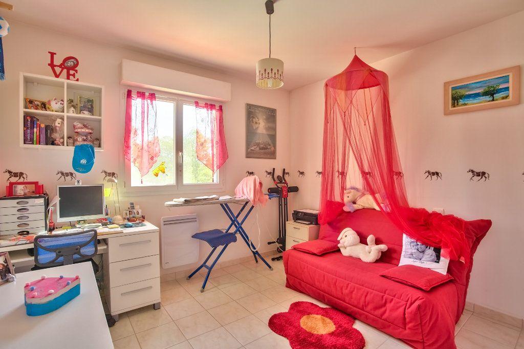 Maison à vendre 5 110.61m2 à Auribeau-sur-Siagne vignette-13