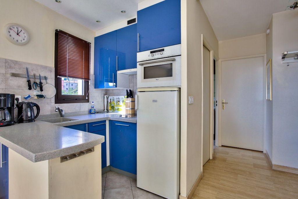 Appartement à vendre 2 39.25m2 à Mandelieu-la-Napoule vignette-9