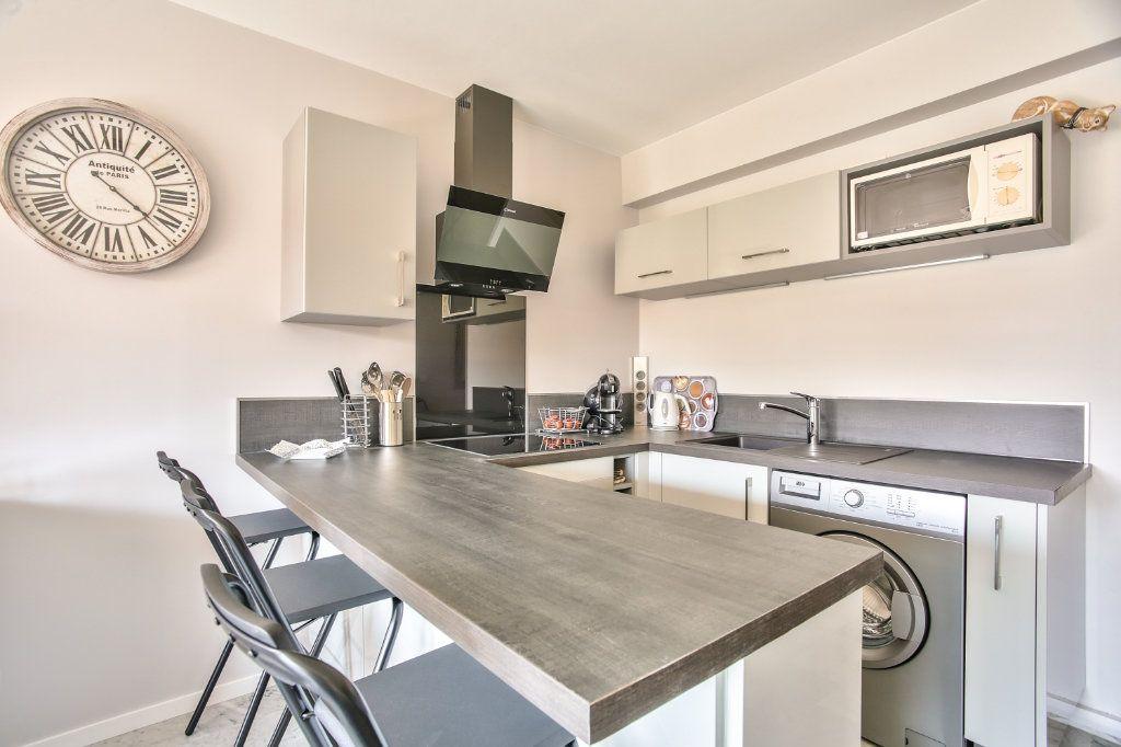 Appartement à vendre 2 34m2 à Mandelieu-la-Napoule vignette-7