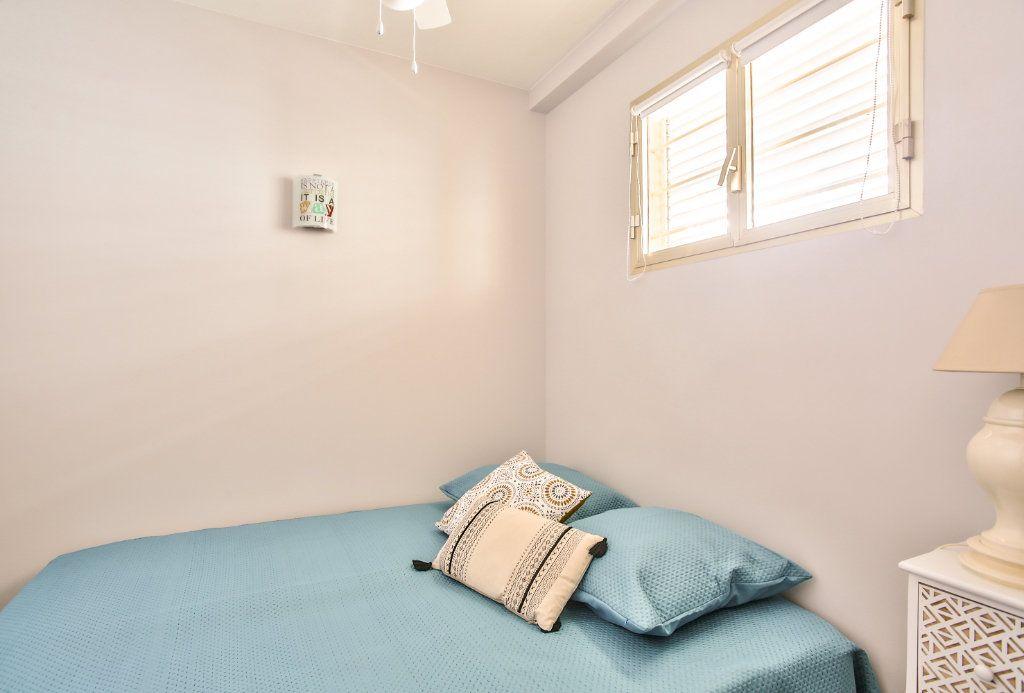 Appartement à vendre 2 34m2 à Mandelieu-la-Napoule vignette-9