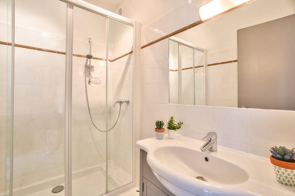 Appartement à vendre 2 34m2 à Mandelieu-la-Napoule vignette-10