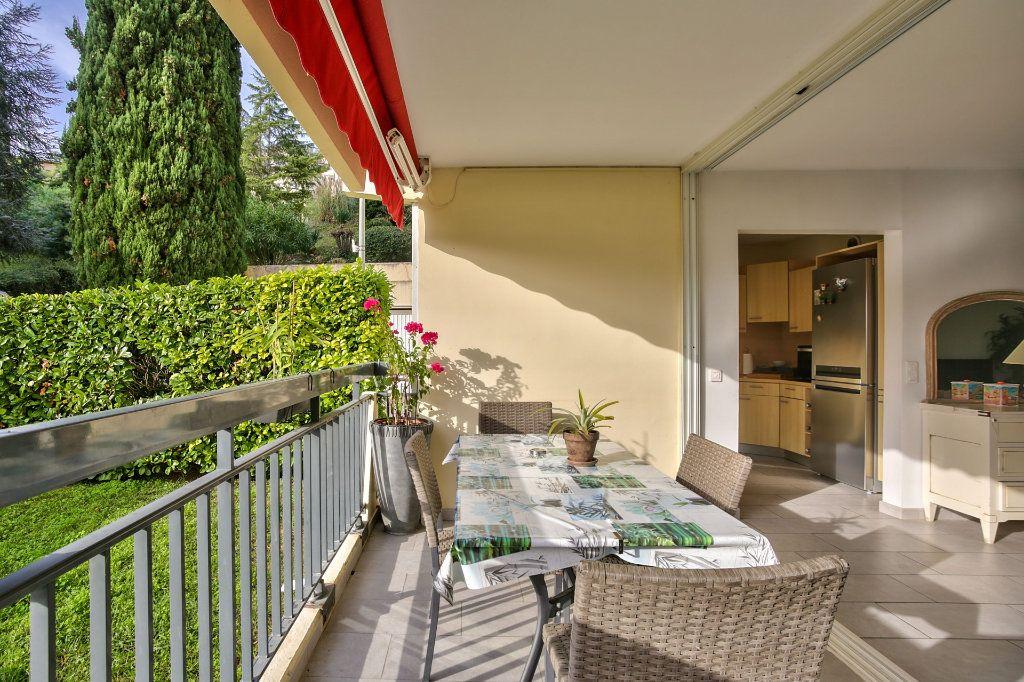 Appartement à vendre 4 90.36m2 à Mandelieu-la-Napoule vignette-1