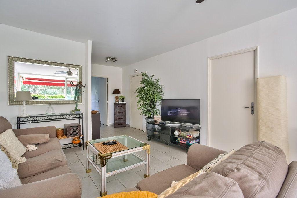 Appartement à vendre 4 90.36m2 à Mandelieu-la-Napoule vignette-6