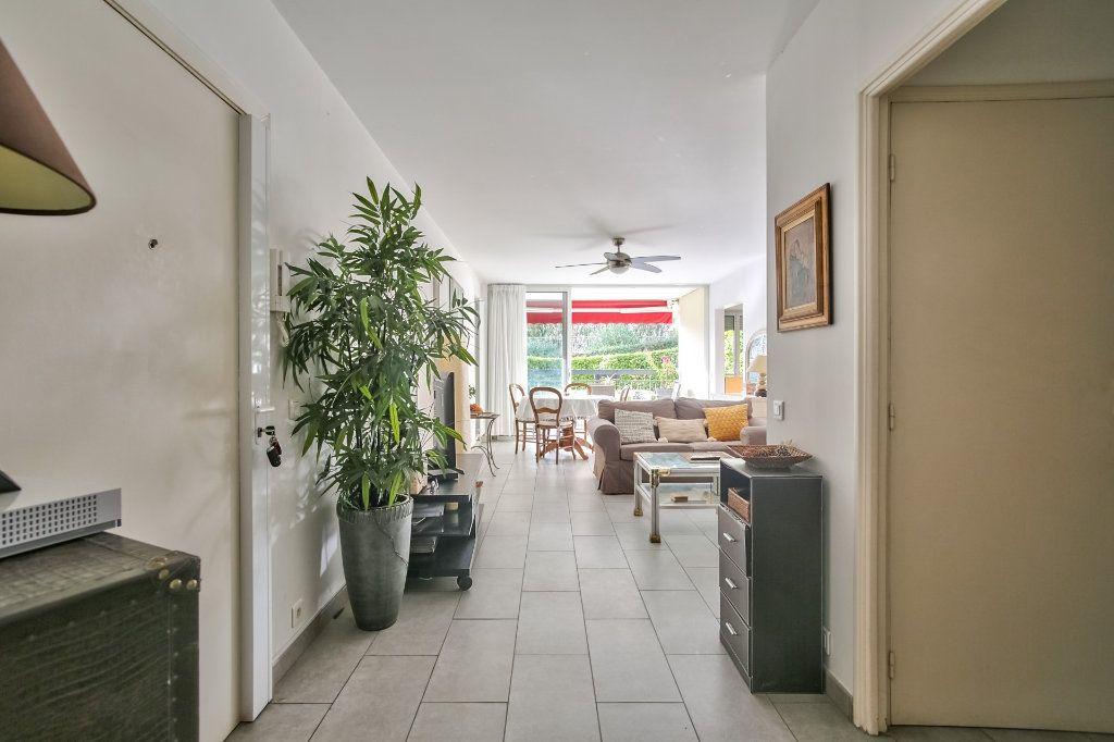 Appartement à vendre 4 90.36m2 à Mandelieu-la-Napoule vignette-7