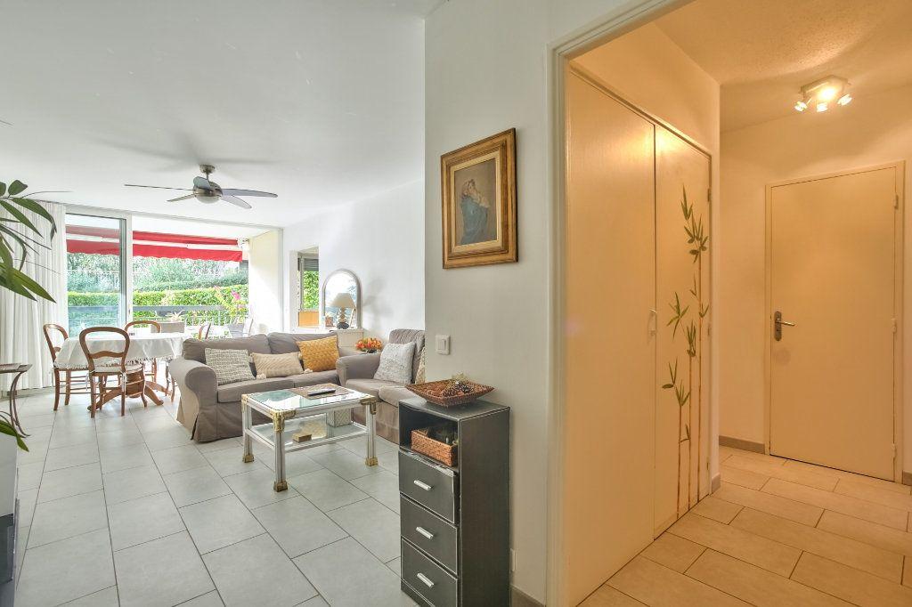 Appartement à vendre 4 90.36m2 à Mandelieu-la-Napoule vignette-8