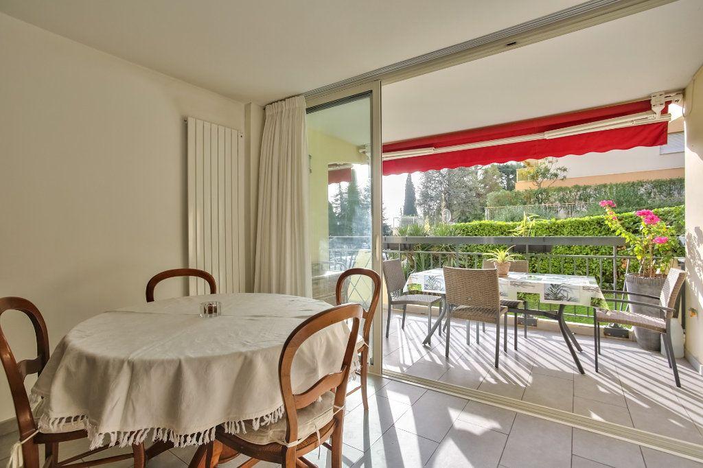 Appartement à vendre 4 90.36m2 à Mandelieu-la-Napoule vignette-9