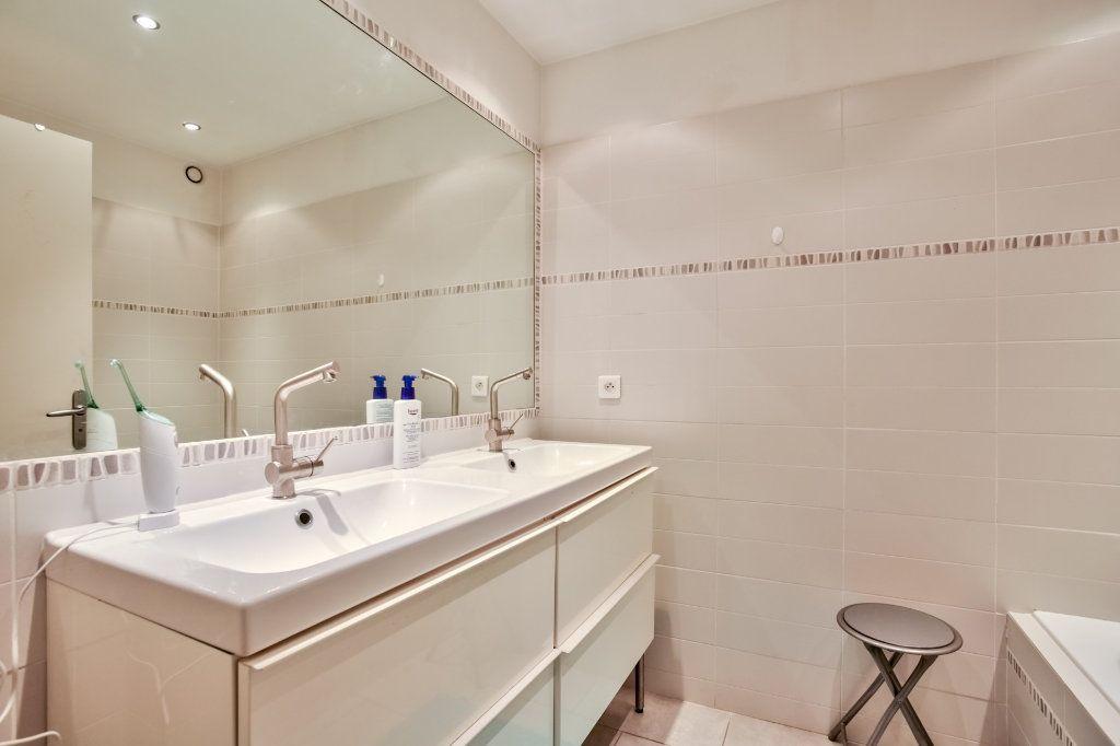 Appartement à vendre 4 90.36m2 à Mandelieu-la-Napoule vignette-10