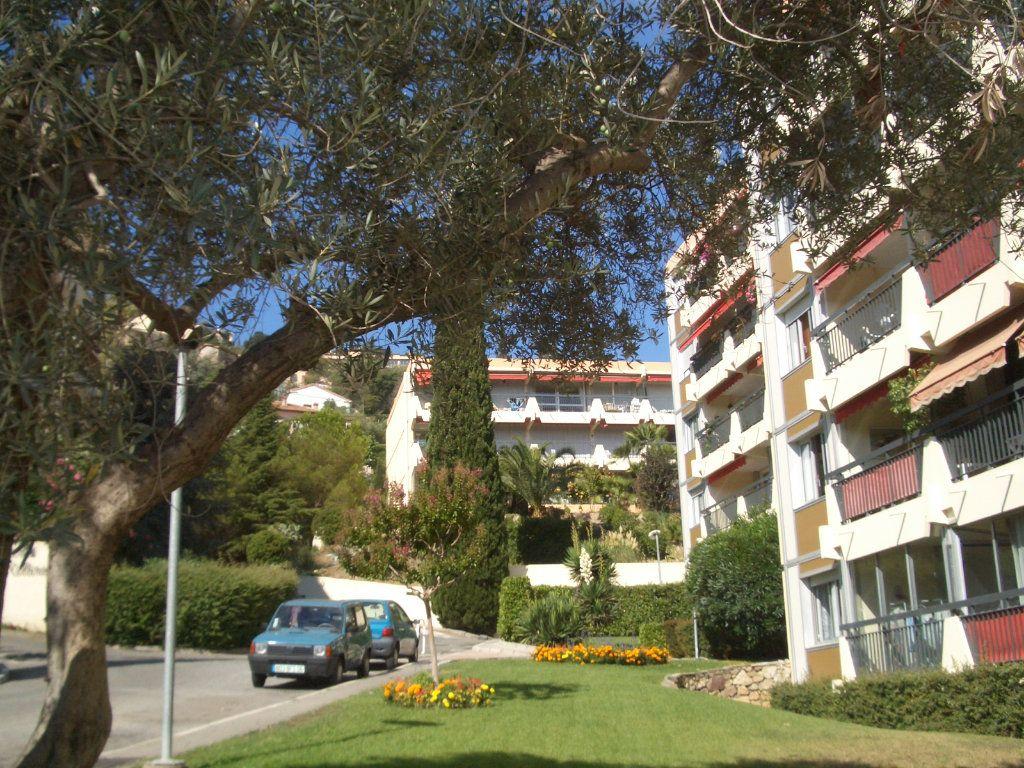 Appartement à vendre 4 90.36m2 à Mandelieu-la-Napoule vignette-11