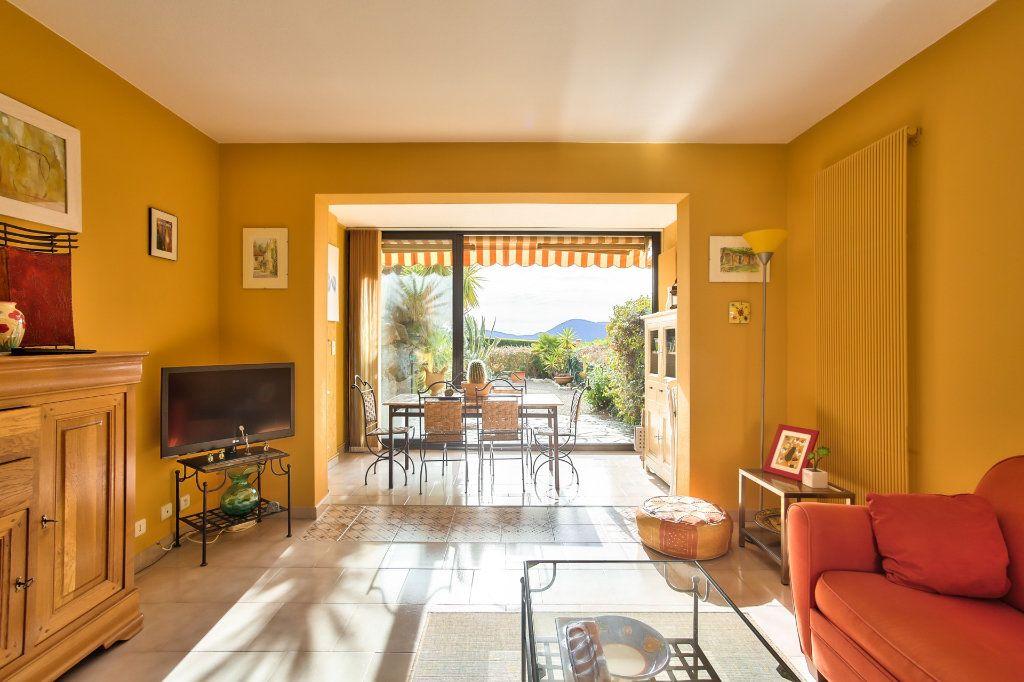 Appartement à vendre 2 36m2 à Mandelieu-la-Napoule vignette-4