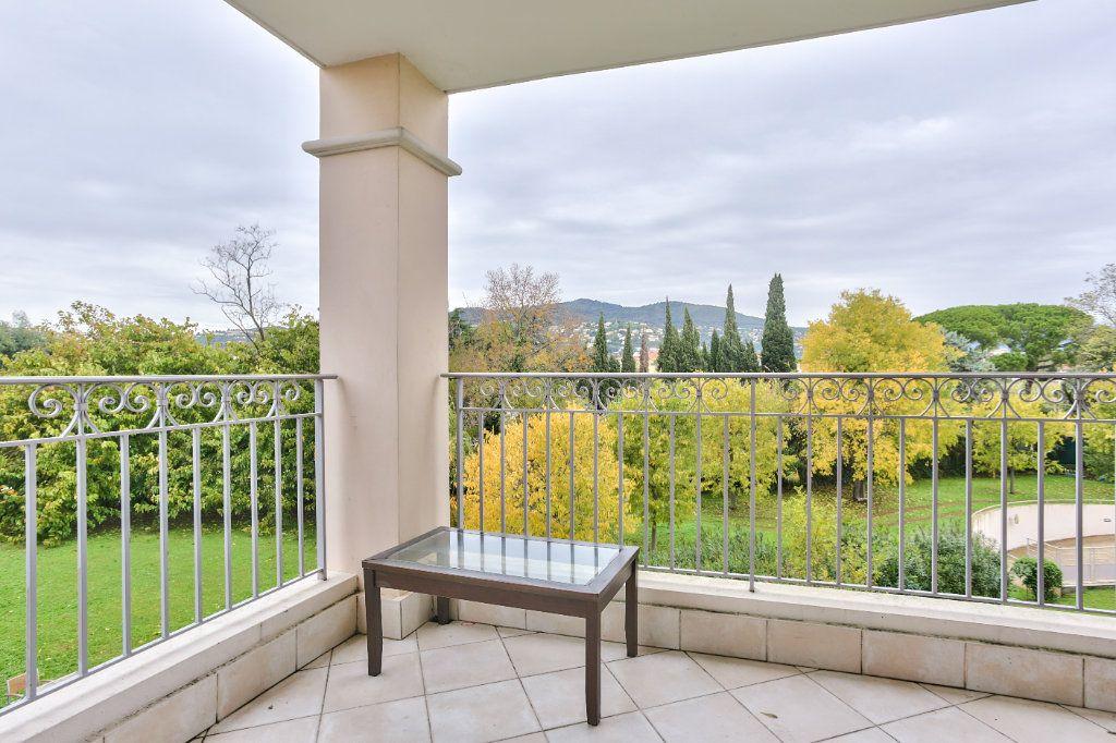 Appartement à vendre 2 41.09m2 à Mandelieu-la-Napoule vignette-4