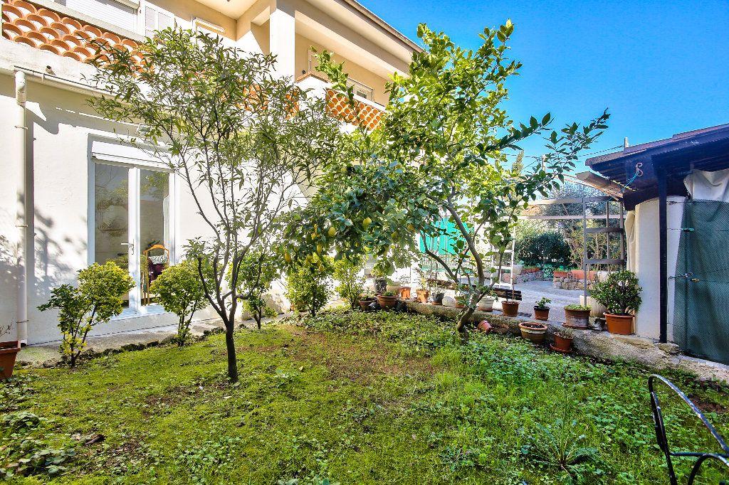 Appartement à vendre 3 69.6m2 à Mandelieu-la-Napoule vignette-3