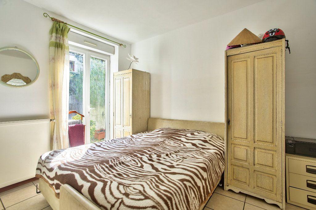 Appartement à vendre 3 69.6m2 à Mandelieu-la-Napoule vignette-6