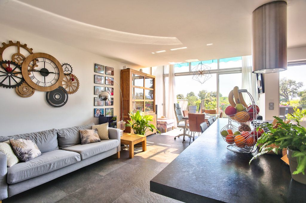 Appartement à vendre 5 108.45m2 à Mandelieu-la-Napoule vignette-7