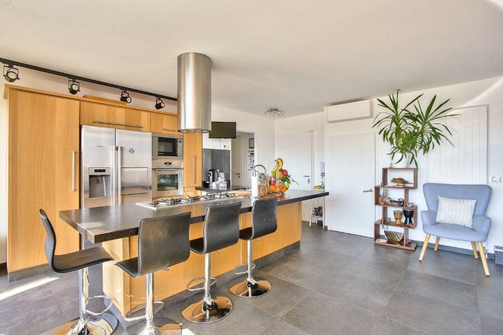 Appartement à vendre 5 108.45m2 à Mandelieu-la-Napoule vignette-8