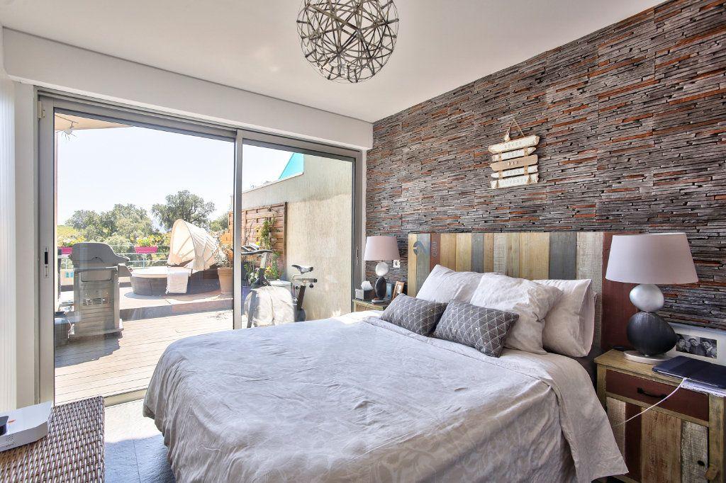 Appartement à vendre 5 108.45m2 à Mandelieu-la-Napoule vignette-10
