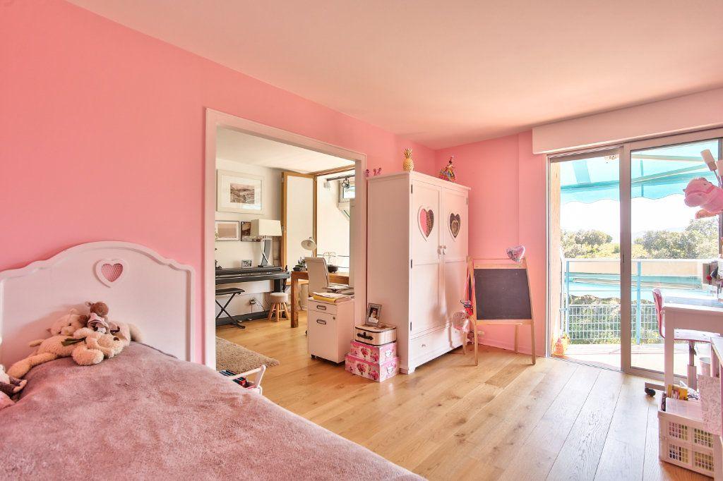 Appartement à vendre 5 108.45m2 à Mandelieu-la-Napoule vignette-13