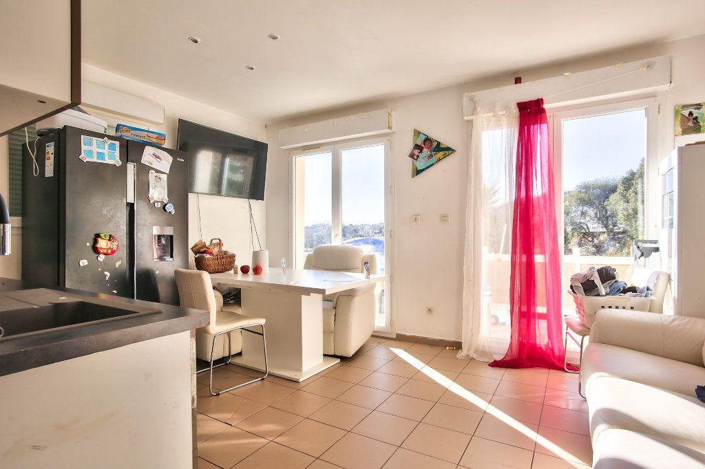 Maison à vendre 3 40.45m2 à Les Adrets-de-l'Estérel vignette-3