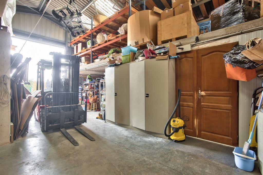 Maison à vendre 8 228m2 à Seillans vignette-9