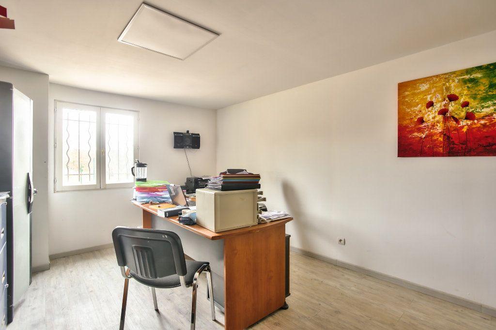 Maison à vendre 8 228m2 à Seillans vignette-10